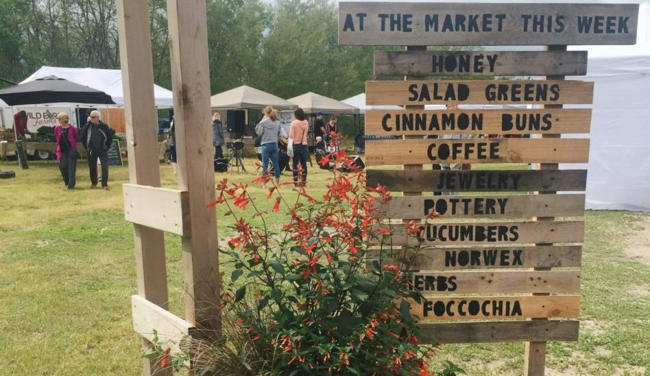 Pineridge Hollow Farmer's Market